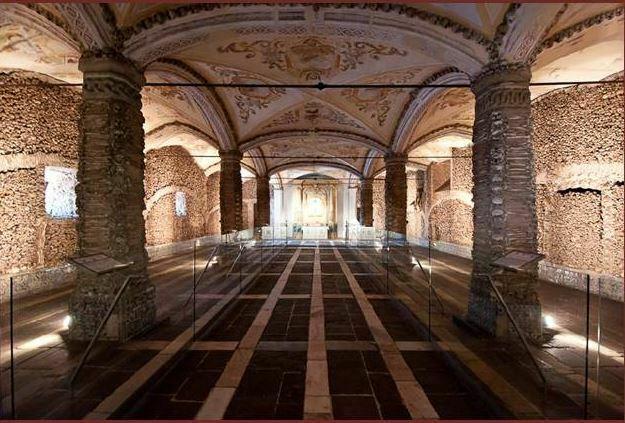 Notas sobre la emblemática barroca hispánicasu difusión en Portugal