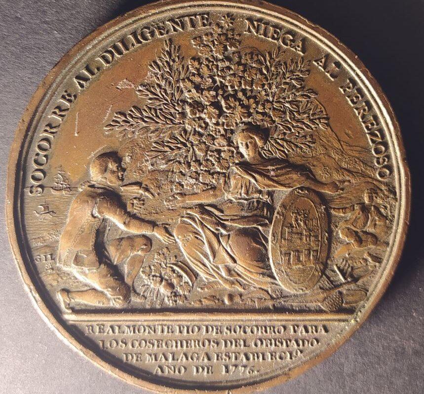 Medalla de Carlos III, Gerónimo Antonio Gil